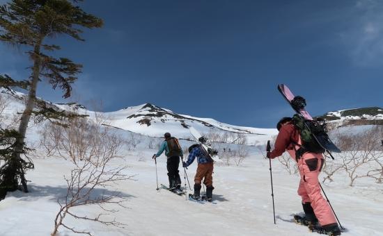 乗鞍岳バックカントリービギナーツアー