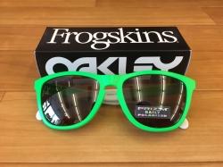 Frogskinsの五輪限定カラー入荷